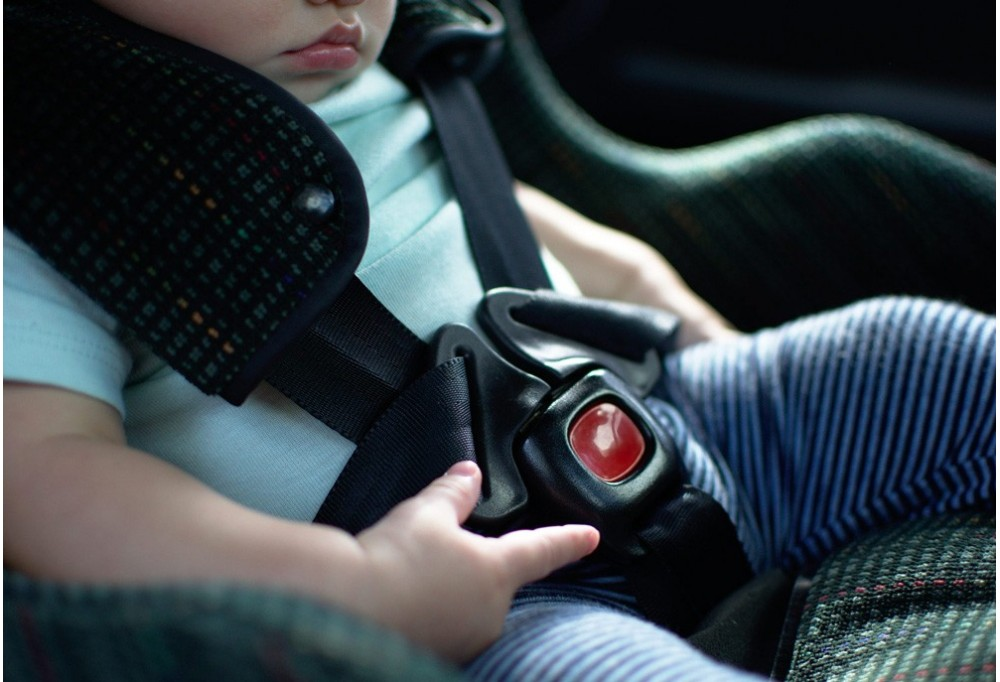 Obbligo dei dispositivi antiabbandono in auto